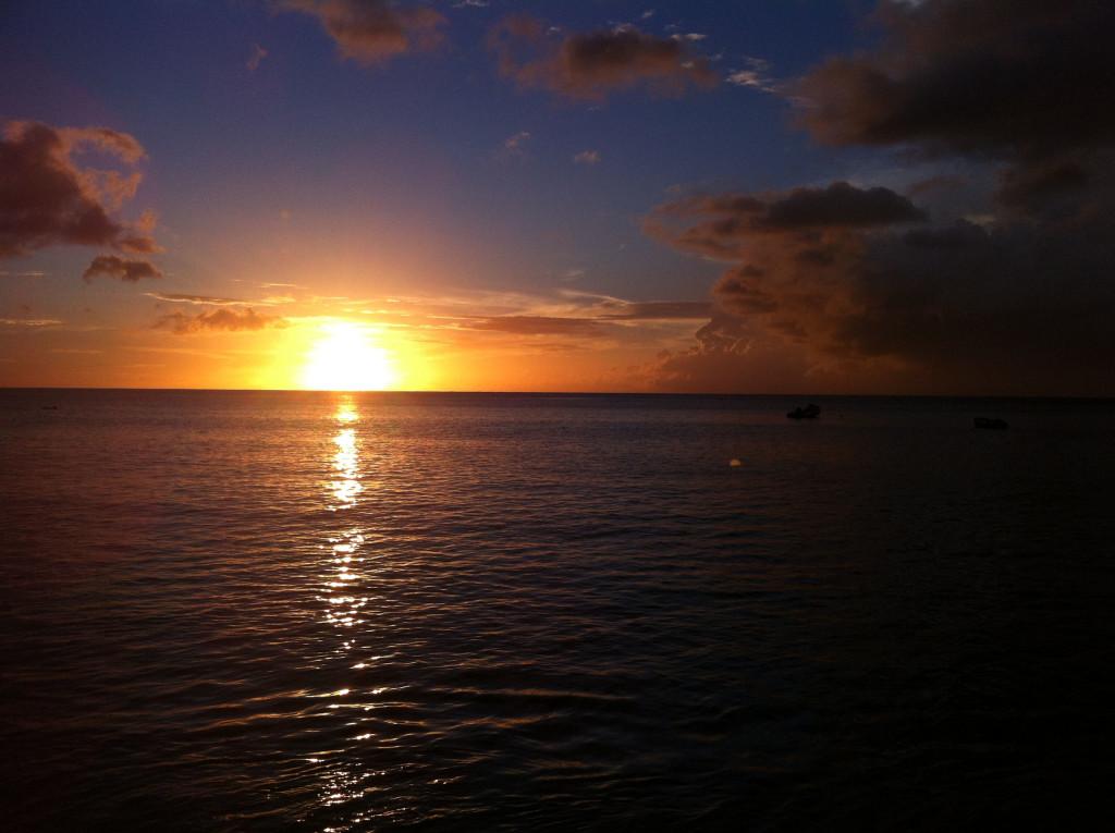 Fonds d 39 cran coucher de soleil maximumwall for Images gratuites fond ecran mer